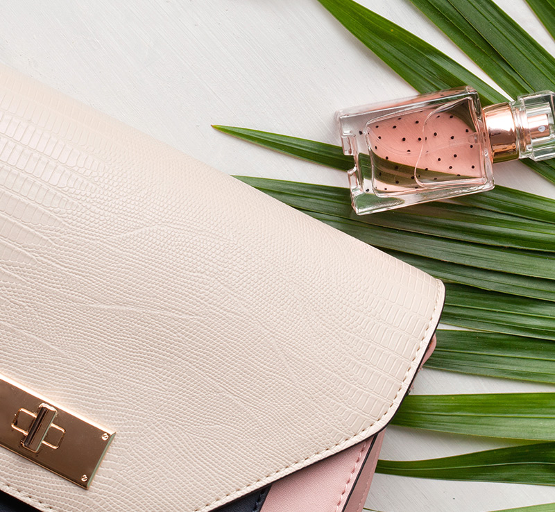 French perfumery meets Italian leather-goods | In and Out (In & out by Fillmed)